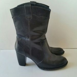 BORN Womens 8.5 Black Mid-Calf Boots Pull-On